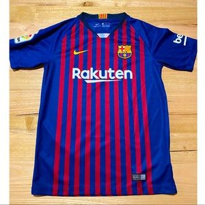 Barcelona kids as new condition jersey